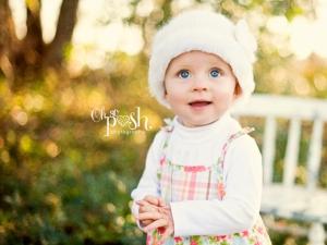 baby girl wearing bonnet