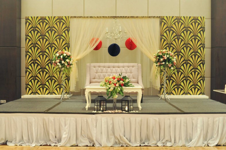 Something Pretty Manila Couple's Stage   Gatsby   Wedding Event Styling for Ardy and Beatriz Clavio