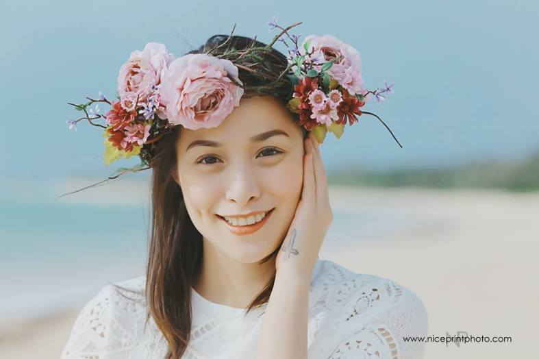 Something Pretty Manila | Engagement Styling | Ali and Cristine Reyes Kathibi | Balesin | Flower Crown